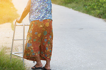 Proper Foot Care Techniques for the Elderly - Southeast Podiatry